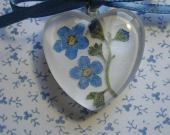 Forget Me Not, Heart Pendant