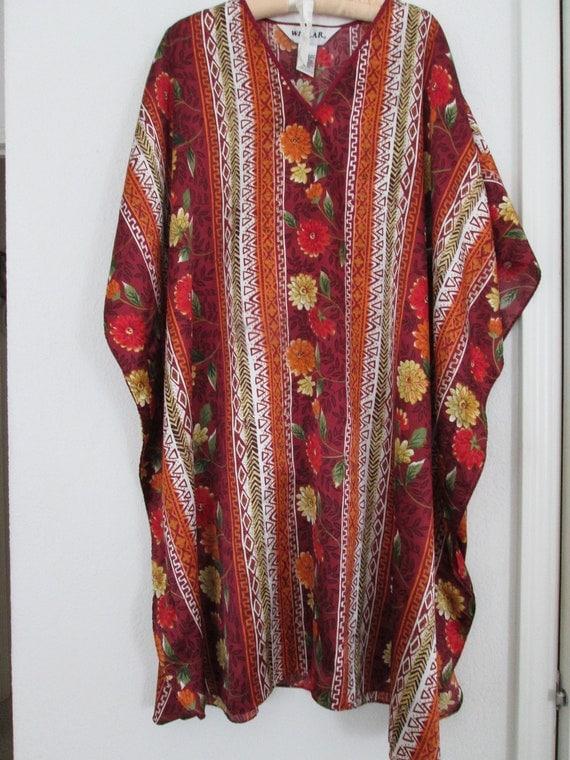 SEVEN DOLLAR SALE..Lovely comfy Winlar, 100% polyester, lingerie gown.