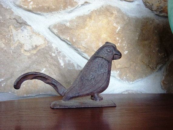Cast iron bird nutcracker nut cracker hinged rustic