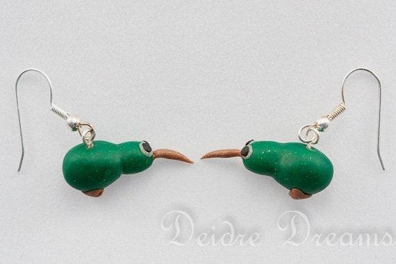 Green Kiwi Dangle Novelty Earrings - Polymer Clay Kawaii Earrings - New Zealand Kiwi Jewelry - Kawaii Jewelry - Polymer Clay Jewelry