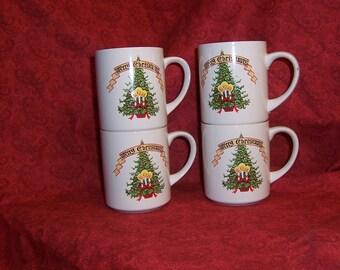 Christmas Mugs Set of 4 Vintage 80s Collectible Christmas mugs, Vintage Christmas, CIJ