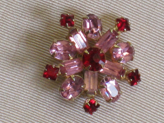 Sparkly Pink and Red Rhinestone  Pin Brooch - Vintage Jewelry