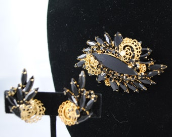 FREE SHIPPING  SALE 1940's 1940s Signed Designer Black Vintage Rhinestone Prong Set Brooch and Clip Earrings Alice Caviness