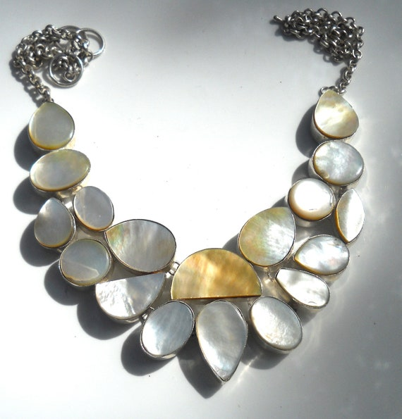 Amazing Mother of Pearl Sterling Silver 925 Necklace
