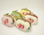 Strawberry dots   coin/change pouch/purse/wallet w metal frame