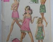 Vintage Simplicity Slip, Half Slip and Petit-Pants Pattern -- 7693 -- Bust 36