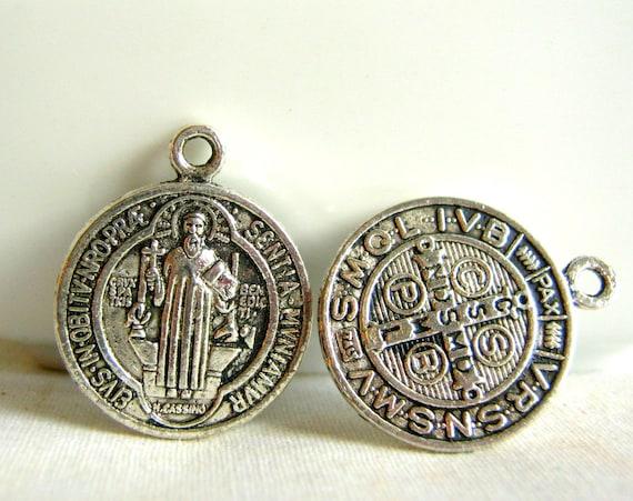 silver tone religious charm/pendant 21mm (6 pcs)