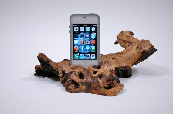 Rootwood iPhone Docking Station