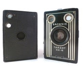 Instant Camera Collection, 1940's Kodak Brownie Target Six 16, Unmarked Leatherette Box Camera, Exc Con. Display Only
