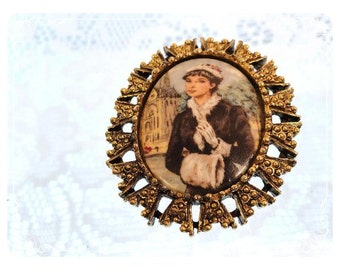 Vintage Oval Cameo - 1930 Today's Fashion Woman   1222a-082012000
