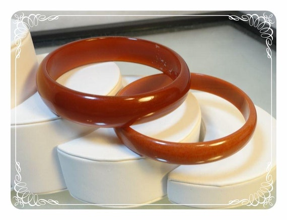 Reserved for  shahmainhami  xxxxxCaramel Brown Lucite Plastic Bangles - lot of 2 -  1273b-042512000