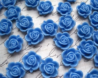 Blue Resin Flowers... 10 pc Resin Cabochon Flowers, Flat Back Resins... 14mm