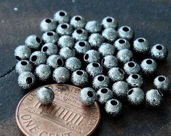 100 Pcs Stardust Beads, Black, 4mm Round - eSTR01B-4