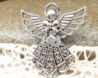Large Angel Pendant, Gorgeous, Vintage-look, Christmas Pendant (2)