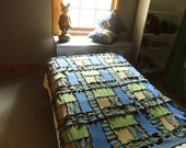 Recycled knit afghan blanket throw lap quilt blue green