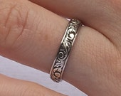 Sterling Silver Band Ring with Floral Pattern Gift Box Free Shipping