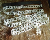 """Handmade tatted lace, vintage, 1"""" wide by 2.75 yds long, nice"""