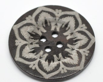 Extra Large Wooden Button - 2 3/8 inch - 6cm - Wood Buttons - Decorative Flower  (19218)