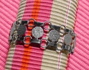 Sarah Coventry  Disco-Tek silver tone bracelet 1974 vingtage linked