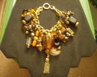 HALLOWEEN in ART (Glass) - an OOAK Charm Bracelet by Kay Creatives