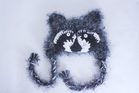 Baby Raccoon Hat / Coon Hat/ 0-3 Months / Photo Prop