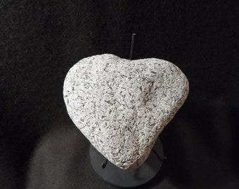 Natural Rock - Speckled Heart