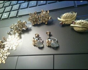 Rhinestone Earrings Lot..5 Pair