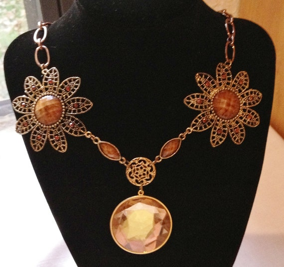Flowers and Wire Necklace by CJW