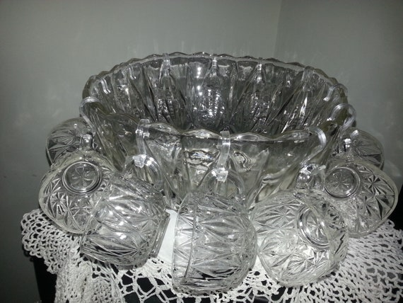 Atlas Hazel Vintage Punch Bowl Set  With 12 Cups - Willamsport