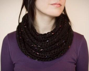 Knit cowl chunky black wool blend