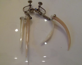 vintage screw back dangling earrings retro