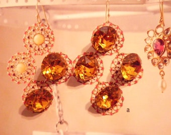 6 Vintage Glass 13mm Swarovski Topaz Gold Foiled Faceted Stones