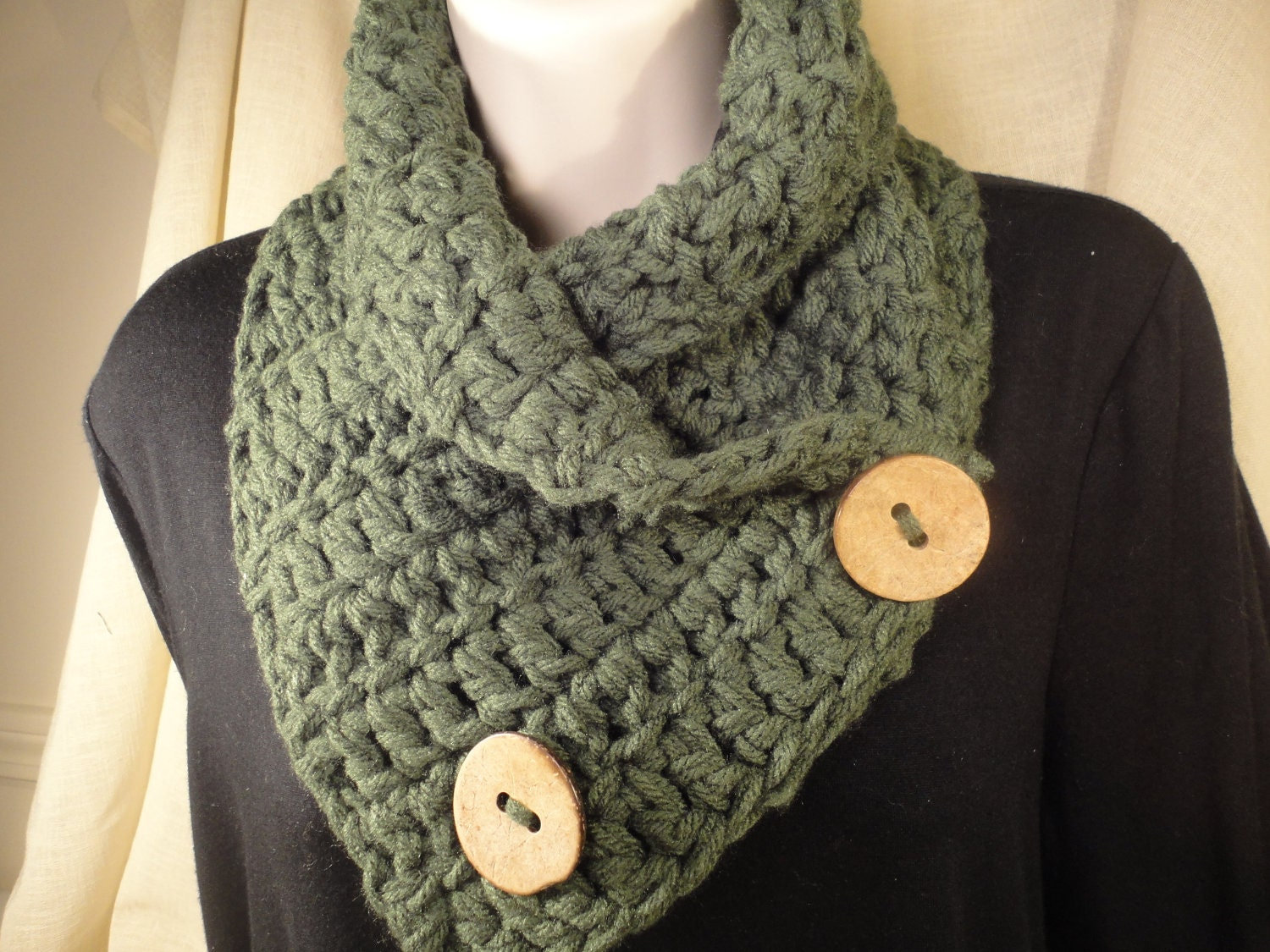 Crochet Scarf Cowl Neck Warmer with Buttons in Forest Green