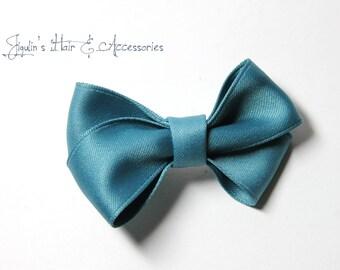 Children hair clip - green hair bow