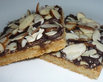 The Best Southern Chocolate Toffee Shortbread Bars