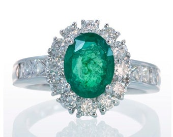 18 Karat White Gold Diamond Halo Ballerina Style Emerald Solitaire Engagement Anniversary Right Hand Ring