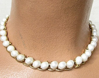 Vintage 1960s CROWN TRIFARI Necklace Gold Tone & Oval Pearls Designer Signed Jewelry
