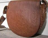 Vintage Floral Print Carved Leather Purse