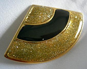 Lightweight Black Enamel and Gold Sparkle Fan Shaped Brooch Pin - Unsigned - Vintage