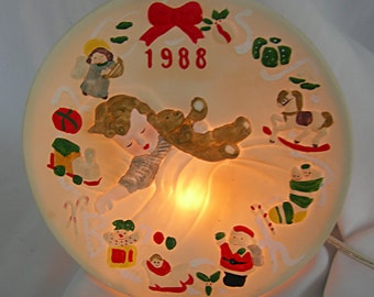 Electric DEVILLE Lighted and Musical Porcelain Shelf Tabletop Plaque Night Light - Holiday Motif - Vintage 1988 - Unused in Original Box
