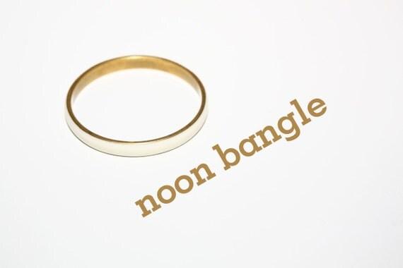 medium off white camel bone brass interior bangle