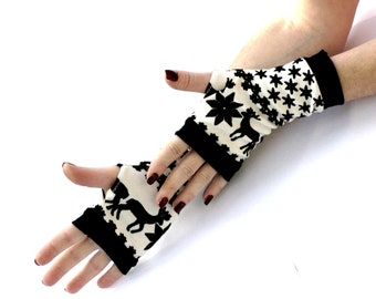 SALE Winter Gloves Arm Warmers Fingerless Gloves -  Christmas,  Arm Warmers , Snowflakes  Armwarmers Black and White