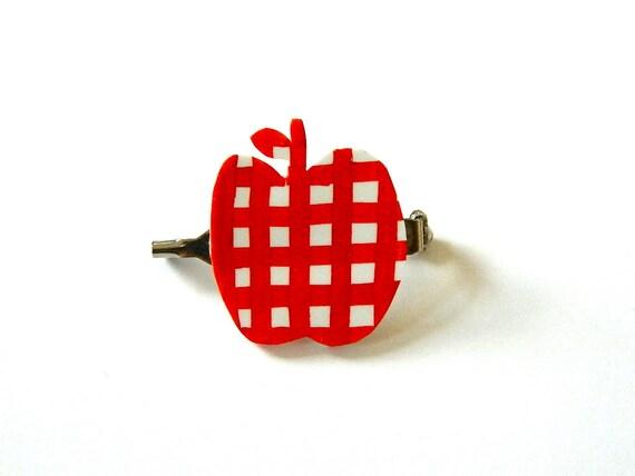 SALE // Apple Shrink Plastic Brooch // Red Gingham // Sweeeeeeet Apple :-)