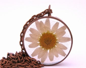 Daisy Resin Pendant Necklace - Real daisy encased in resin with open back copper bezel, Pressed Flower Jewelry