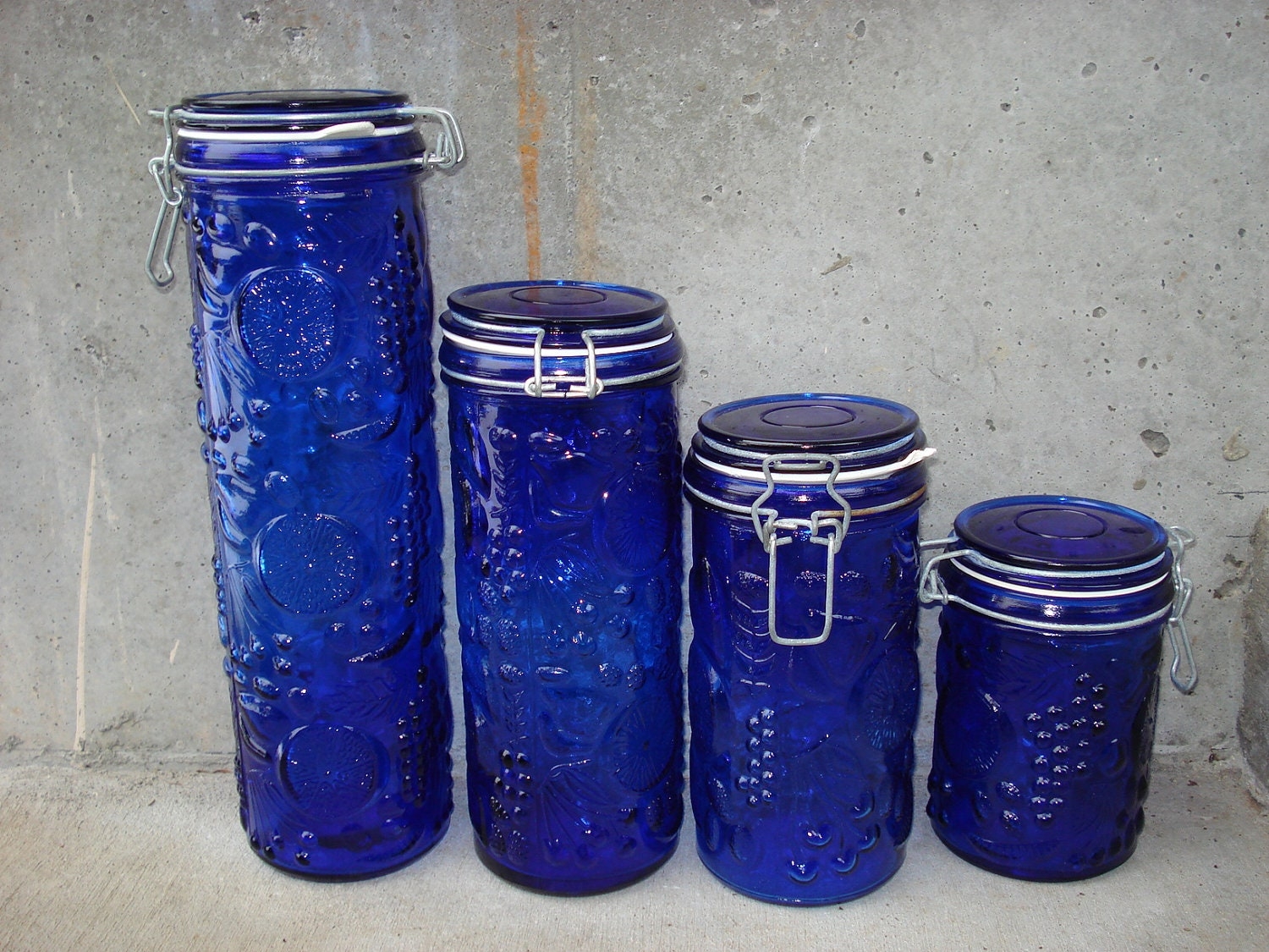Vintage cobalt blue embossed glass wire bales canister set - Blue glass kitchen canisters ...