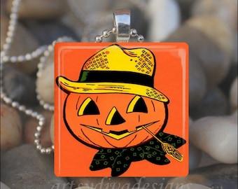 VINTAGE COUNTRY PUMPKIN Jack o Lantern Halloween Fall Autumn Glass Tile Pendant Necklace Keyring