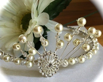 Wedding/Tiara/Vintage Style Pearl Wire Wrapped Tiara/Hair Jewellery/Holly Communion/Party/