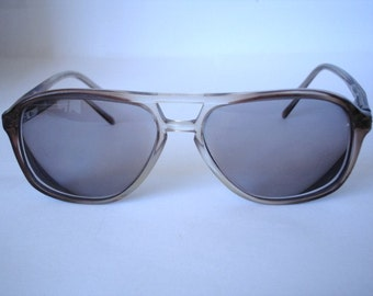 Authentic Vintage Men's Sunglasses - See our huge collection of vintage eyewear