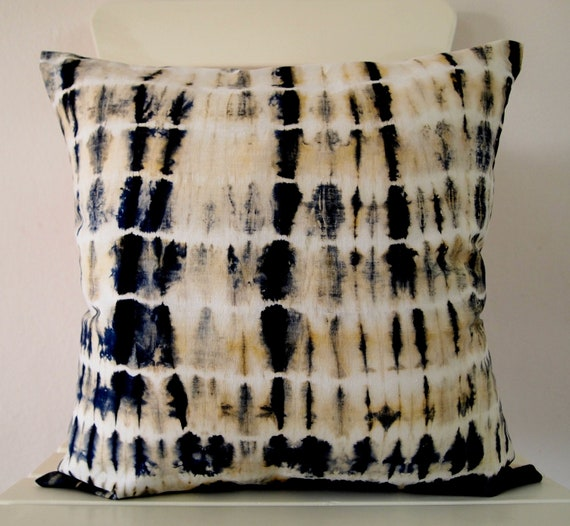 Decorative Throw Pillow Cover - Hunter Green - Unique Abstract Pattern - Hand Dyed Fabric - 14 x 14 - Batik - Tie Dye - Shibori
