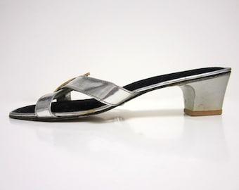 1960s Low-Heel Slip On Sandals - Black Velvet Interior - Size 7